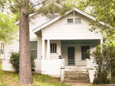 Single Family Home For Sale: 803 Mineral