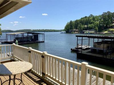 Garland County Condo/Townhouse Active - Contingent: 160 Long Island Bay #50