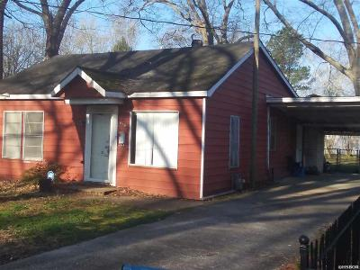 Single Family Home For Sale: 916 Jefferson St
