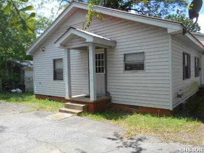Bismarck, Fountain Lake, Glenwood, Hot Springs Village, Magnet Cove, Malvern Single Family Home For Sale: 125 Pate St