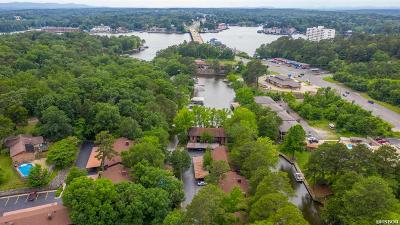 Garland County Condo/Townhouse For Sale: 2315 Lakeshore Dr