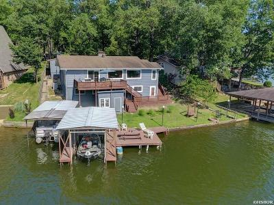 Single Family Home For Sale: 134 Riverside Dr