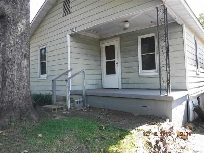 Garland County Single Family Home For Sale: 209 Terry