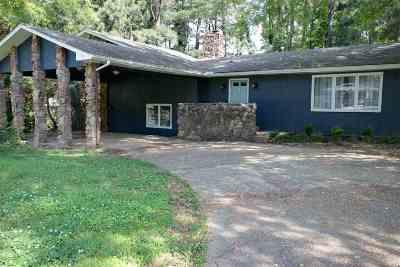 Jonesboro Single Family Home For Sale: 1022 Neville