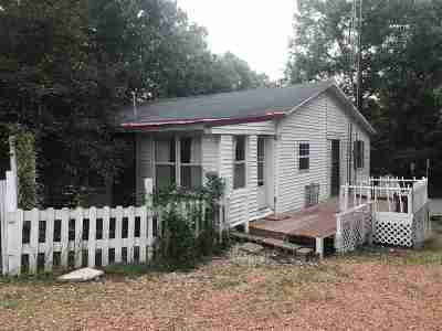 Paragould AR Single Family Home For Sale: $80,000