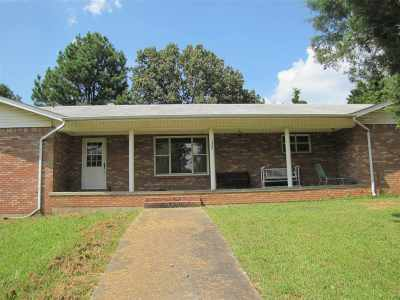 Craighead County Single Family Home For Sale: 2500 Davis Drive
