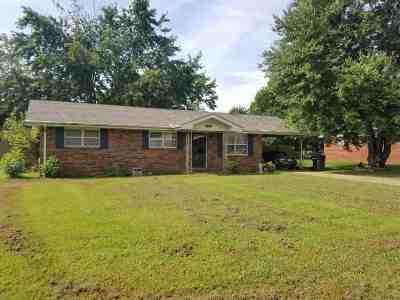 Craighead County Single Family Home For Sale: 303 Carson