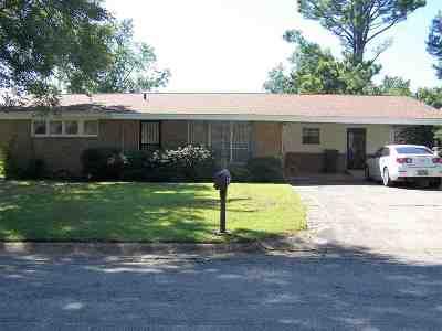 Craighead County Single Family Home For Sale: 917 Locust
