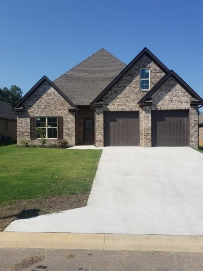 Craighead County Single Family Home For Sale: 915 Sandra