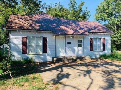 Jonesboro Single Family Home For Sale: 331 N Fisher