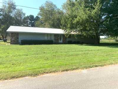Jonesboro Single Family Home For Sale: 813 Hubbell Cv