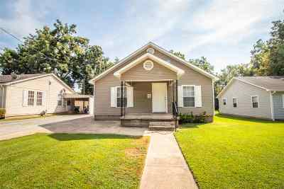 Jonesboro Single Family Home For Sale: 1405 W Jefferson