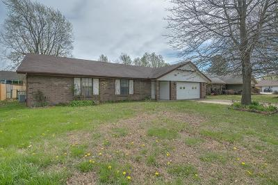 Bentonville Single Family Home For Sale: 1709 SW D Street