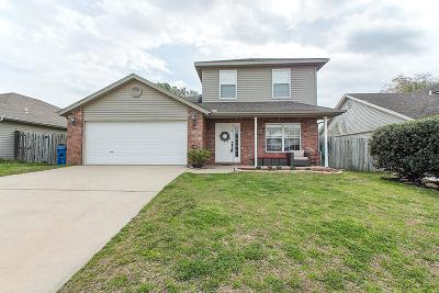 Bentonville Single Family Home For Sale: 1205 SW Apache Drive