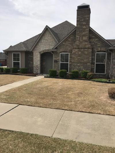 Bentonville Single Family Home For Sale: 3213 SW Warberry Ave