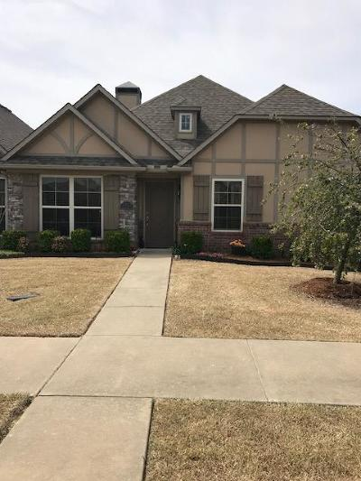 Bentonville Single Family Home For Sale: 3215 SW Warberry Ave