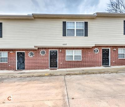 Fayetteville Single Family Home For Sale: 1897 Stone St #2