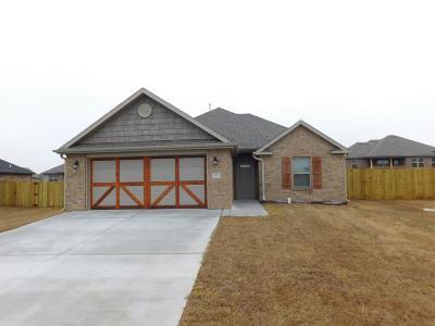 Prairie Grove Single Family Home For Sale: 571 Sundowner Ranch Ave
