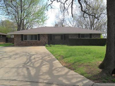 Rogers Single Family Home For Sale: 1847 S 11th Place