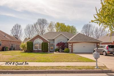 Rogers Single Family Home For Sale: 1104 Quail Terrace