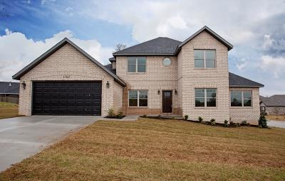 Cave Springs Single Family Home For Sale: 1702 Shook Drive