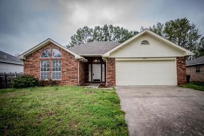 Rogers Single Family Home For Sale: 3801 W Beechwood