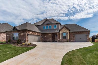 Centerton Single Family Home For Sale: 1330 Tuscany Drive