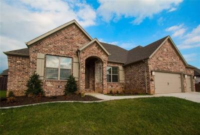 Centerton Single Family Home For Sale: 1340 Tuscany Drive