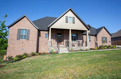 Cave Springs Single Family Home For Sale: 201 N Gleneagle Dr