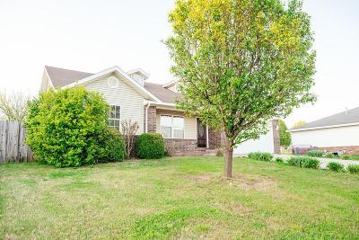 Rogers Single Family Home For Sale: 1303 E Glendale Lane