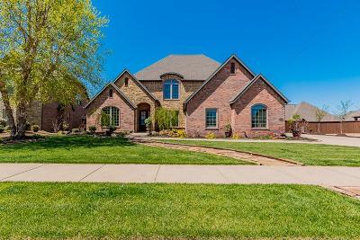 Bentonville Single Family Home For Sale: 4704 SW Ridge Mont Rd