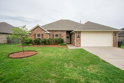 Rogers Single Family Home For Sale: 3401 S 2nd Pl