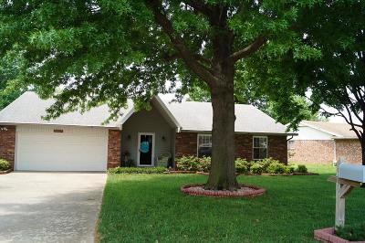 Rogers Single Family Home For Sale: 1606 S 16th
