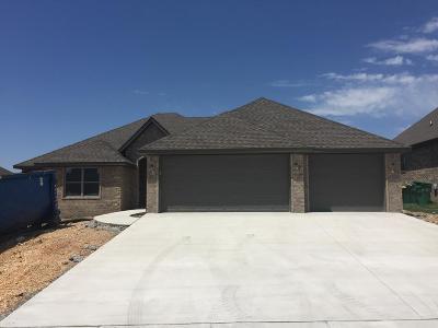 Centerton Single Family Home For Sale: 1220 Bradley
