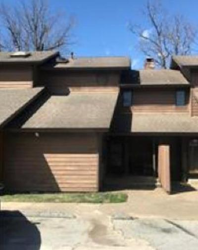 Siloam Springs Multi Family Home For Sale: 13 Turnberry