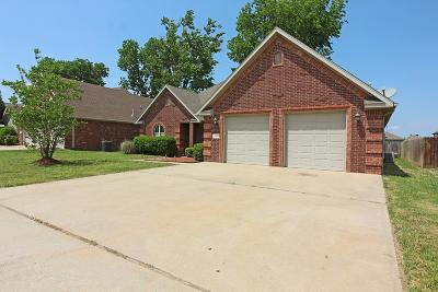 Centerton Single Family Home For Sale: 1151 Medway