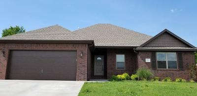 Springdale AR Single Family Home For Sale: $194,900