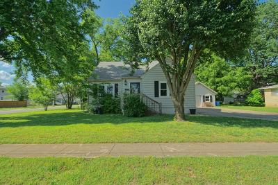 Bentonville Single Family Home For Sale: 308 NW 4th St