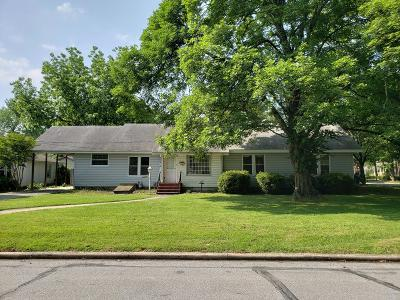 Bentonville Single Family Home For Sale: 105 NW 6th