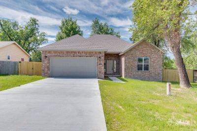 Springdale AR Single Family Home For Sale: $198,500