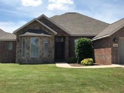 Rogers Single Family Home For Sale: 2700 S Skyler