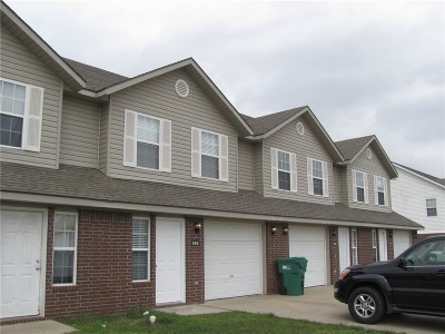 Centerton Multi Family Home For Sale: . Meadowlands DR