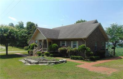Eureka Springs Multi Family Home For Sale: 974 & 1001 County Road 3402