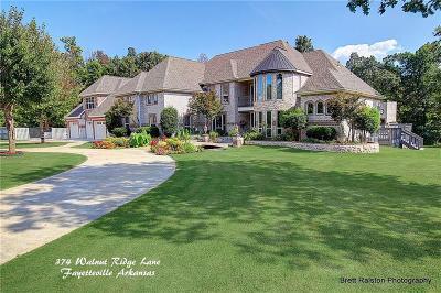 Fayetteville Single Family Home For Sale: 374 N Walnut Ridge LN