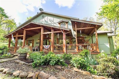 Fayetteville Single Family Home For Sale: 5091 Boulder LN