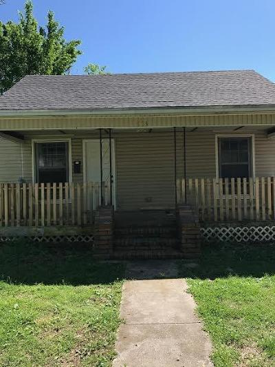 Rogers Single Family Home For Sale: 503 N 3rd ST