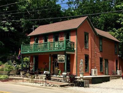 Eureka Springs Single Family Home For Sale: 104 N Main