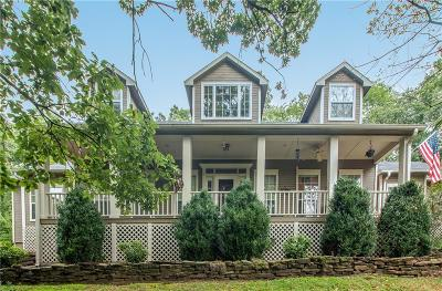 Fayetteville Single Family Home For Sale: 608 Rockcliff RD