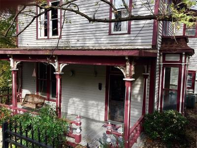 Eureka Springs Single Family Home For Sale: 4 Armstrong