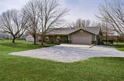 Rogers Single Family Home For Sale: 1402 Little Flock DR